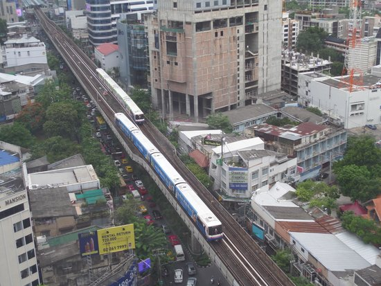 Holiday Inn Bangkok Sukhumvit: View from the Room