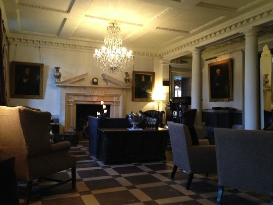 Chilston Park Hotel: The Lounge