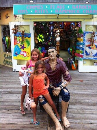 John's Pass Village and Boardwalk: Loving the board walk!