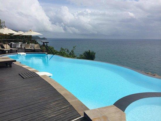 Aminjirah Resort : Pool
