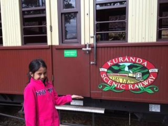 Kuranda Scenic Railway: view from out side