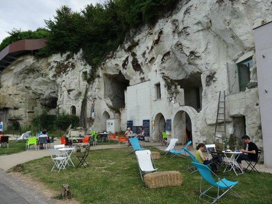 Le Bistroglo: Well worth a detour