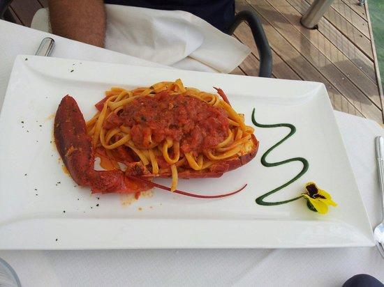 Ristorante Sogno: spaghettoni all astice. slurp!