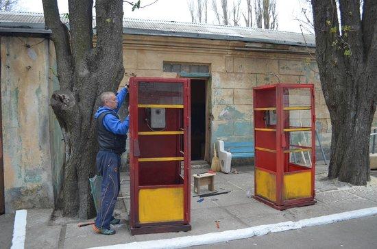 Odessa Film Studio : Монтируются декорации