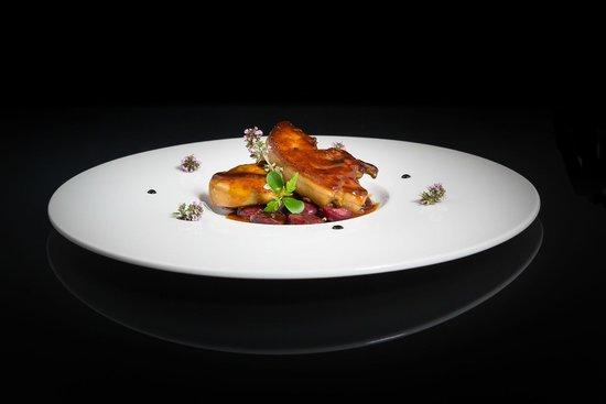 Hotel Bristol: L'escalope de foie gras poêlée aux cerises