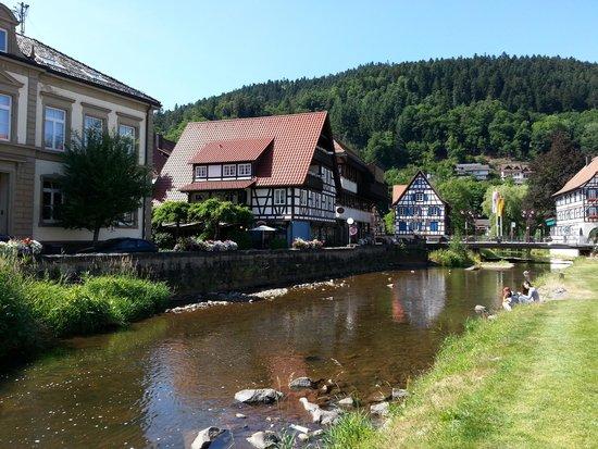 Zur Alten Brucke: Vista de postal