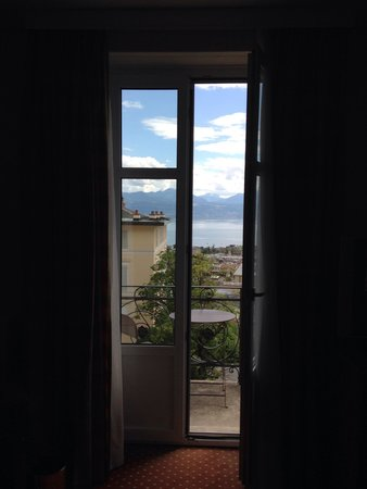 Lausanne Palace & Spa : Номер с видом на озеро