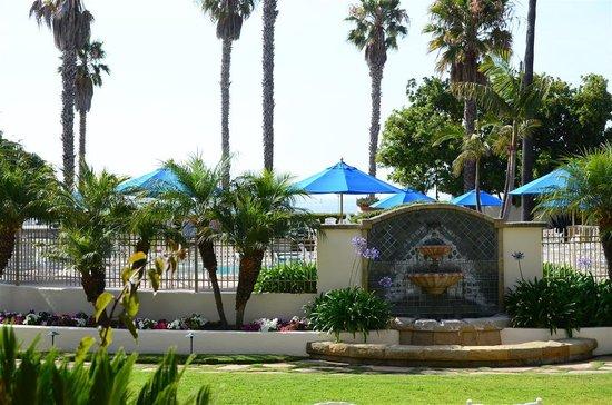 Harbor View Inn : View standing on terrace
