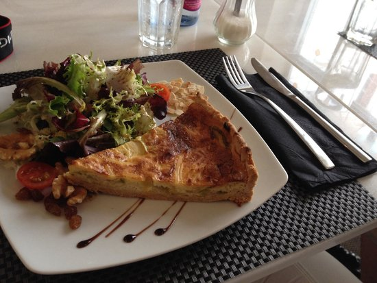 Café Scholl: Lecker Quiche