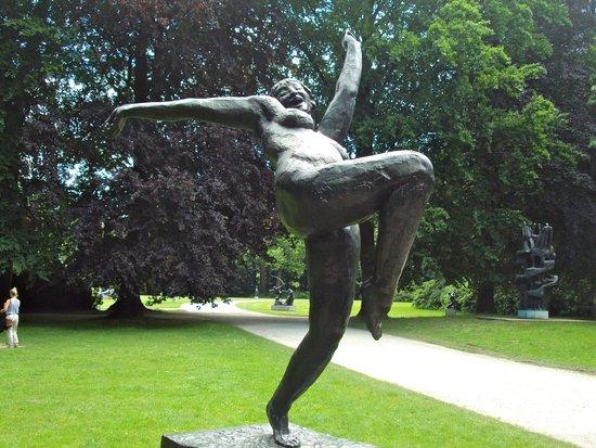 Middelheim Museum : The mad maiden