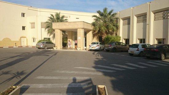 Omar Khayam Club: entré de l'hotel