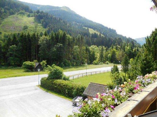 Gasthof Pension Appartements Zur Gams: Uitzicht vanaf het balkon (Z)