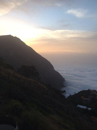 Granja Natalia: Sobre las Nubes