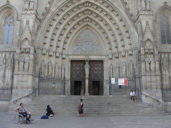 Catedral de Barcelona: Esterno
