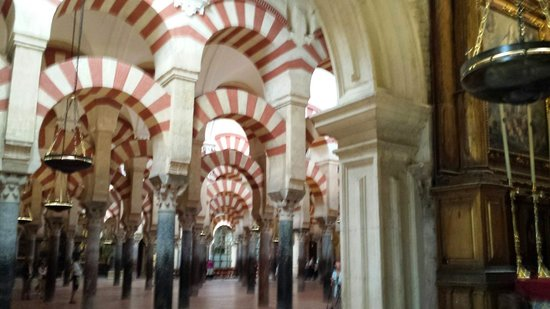 Mezquita-Catedral de Córdoba: Arcos de la Mezquita Catedral de Cordoba.