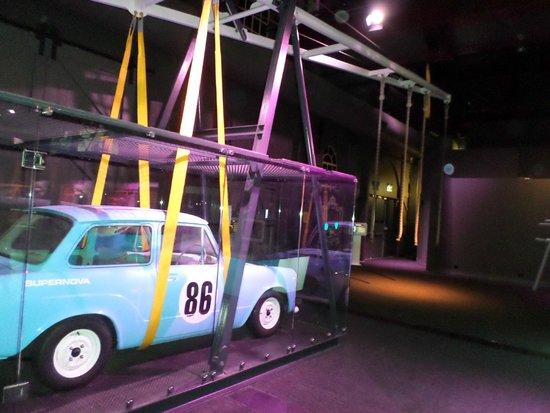 Newcastle Museum: Lift a Car