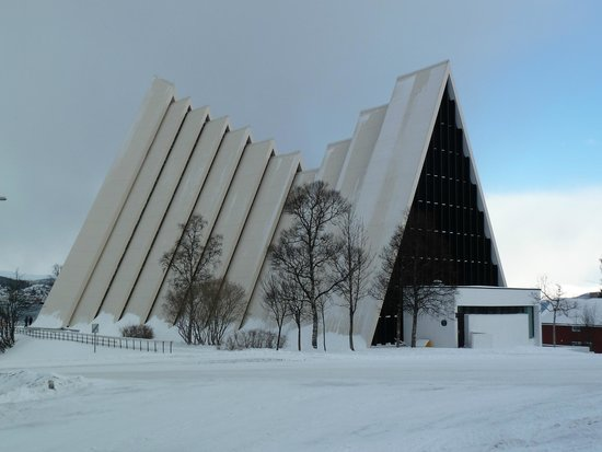 Arctic Cathedral: Interesting Architecture