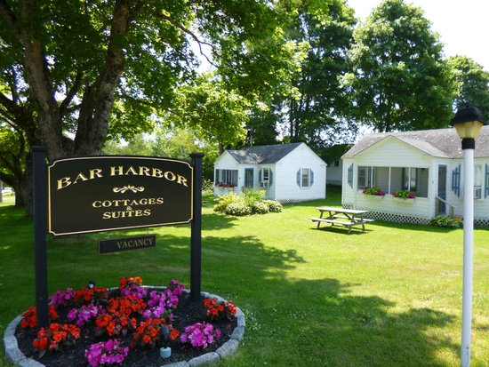 Bar Harbor Cottages and Suites: Business sign and #1 and #2