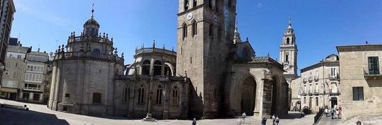 Las murallas romanas de Lugo: casco historico