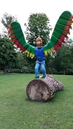 Vondelpark: One of several funky sculpures scattered throughout the park