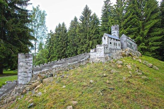 Park Boheminium: Hrad Bezděz/ Burg Bösig/ Bezděz Castle