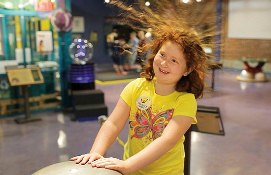 Springfield, MO: Fun with Electricity at the Discovery Center