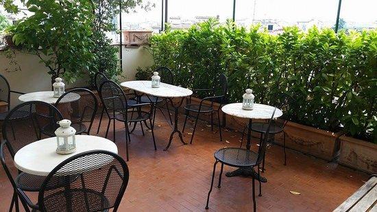 Hotel Emma: Terrace
