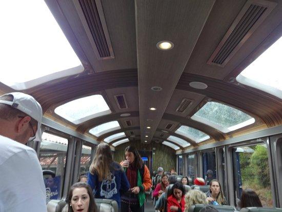 PeruRail - Vistadome: Interior del tren