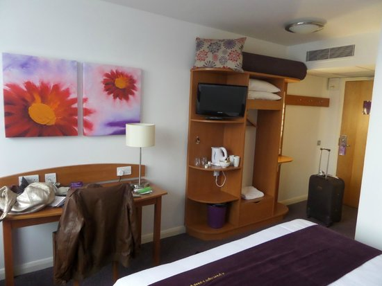 Premier Inn London Hanger Lane Hotel: simplicidade