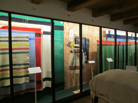 Museum of the Fur Trade: 200 lbs. of blankets in the wrapped bundle on right