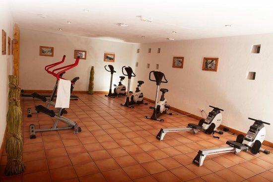 Les Chalets de Rosael: salle de fitness