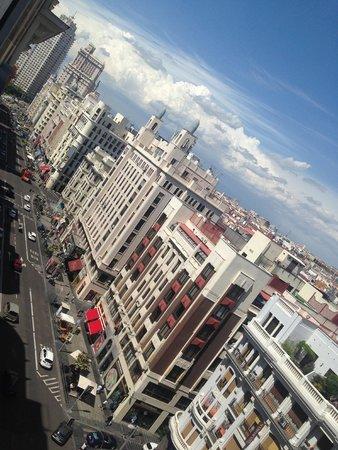 Vincci Capitol Hotel : Vista do quarto durante o dia