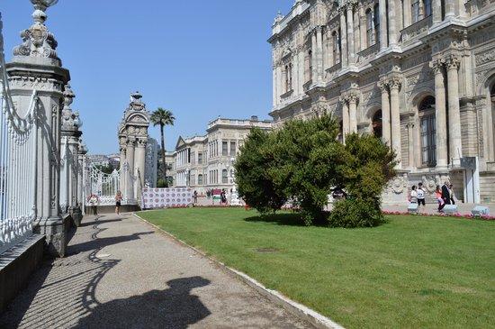 Palacio de Dolmabahçe: Côté Bosphre