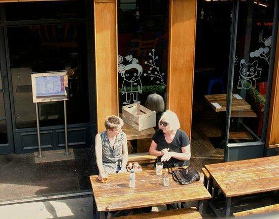 City Sightseeing Glasgow: Cafe ladies