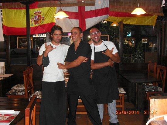 Restaurante Grill La Vaca Loca: The Three Amigos.