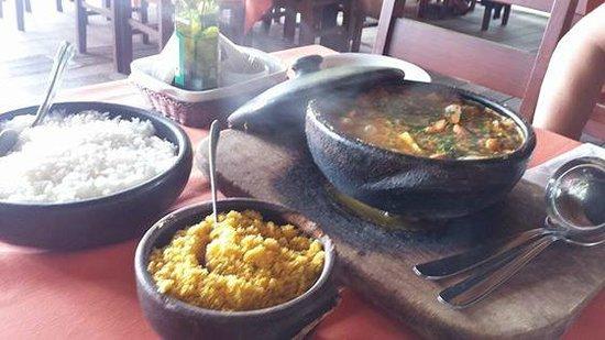 Bira Restaurante: Deliciosa Moqueca de frutos do mar