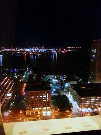 Marriott Vacation Club Pulse at Custom House, Boston: View from 2302