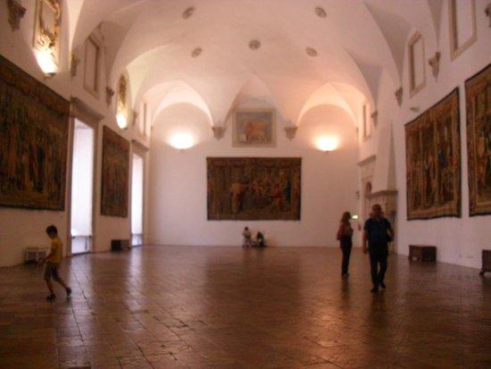 Palazzo Ducale : interno di una sala del palazzo