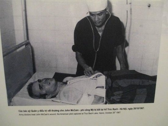 Hoa Lo Prison: John McCain is checked by Doctor