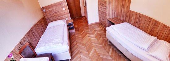 Pension Jahn: Zweibettzimmer