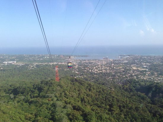 Teleferico Puerto Plata Cable Car : On the way up