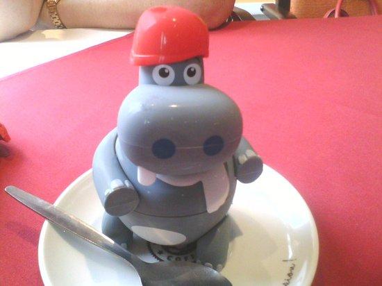 Masala Twist Helensburgh: awwwwwwww harry hippo is now on our fridge