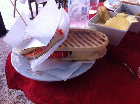 Caffe Al Teatro: Estate (that is pronounced es ta te') sandwich