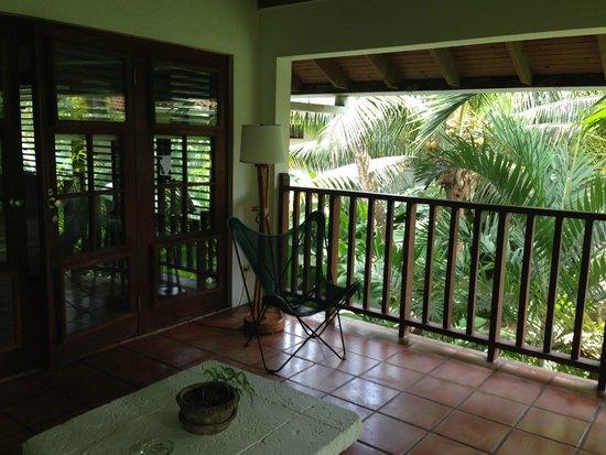Couples Swept Away : wonderful balcony