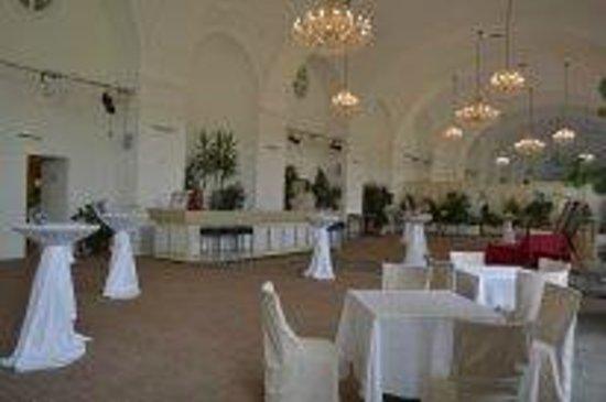Schloss Schönbrunn: ресторан в оранжерее