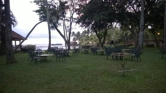 Kumarakom Lake Resort: The place to sip your tea & soak in breeze