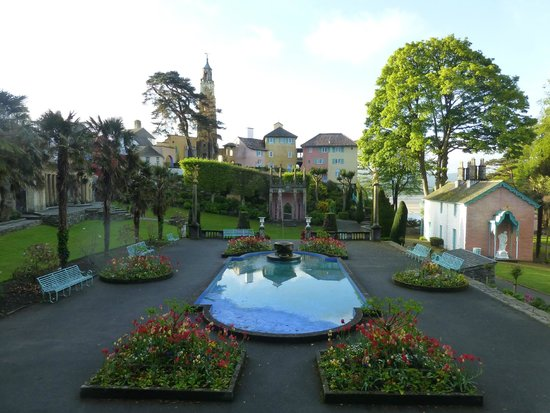 Hotel Portmeirion : Pre-breakfast walk, when we had the place to ourselves!