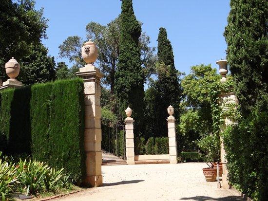 Parque del Laberinto de Horta: Plaça dels lleons
