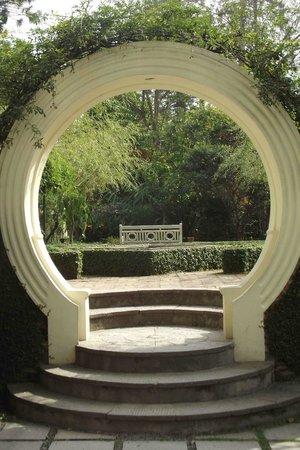 Garden of Dreams : bond like
