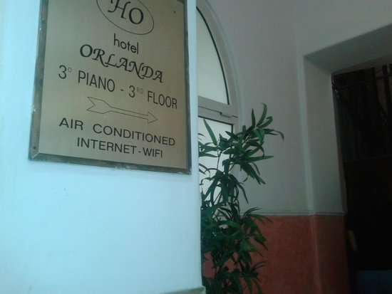 Hotel Orlanda : Entrada del hotel